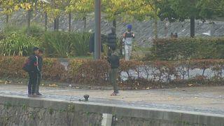 بالفيديو: شجار بين مهاجرين يودي بحياة شخص وجرح آخرين في كاليه بفرنسا
