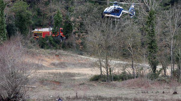 Cinq morts dans le crash de deux hélicoptères