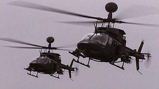 طائرتي هيليكوبتر