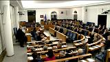Polonya'da muhalefet Duda'nın Holokost yasasını veto etmesini istiyor