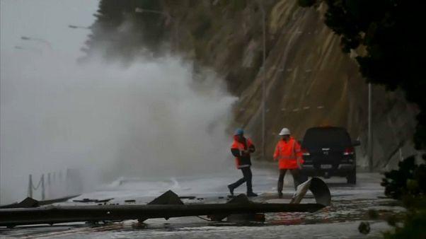 El ciclón Fehi causa estragos en Nueva Zelanda