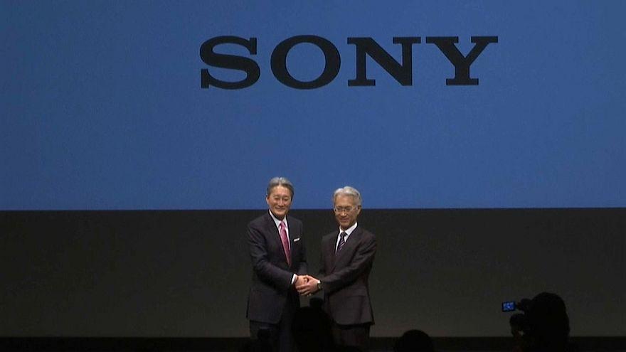 Кадровые перестановки в Sony