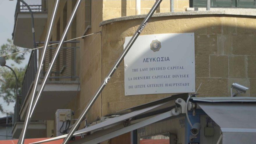 Filo spinato e contraddizioni: Nicosia, capitale divisa