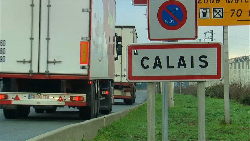 Calais: dopo la rissa la Francia invia rinforzi