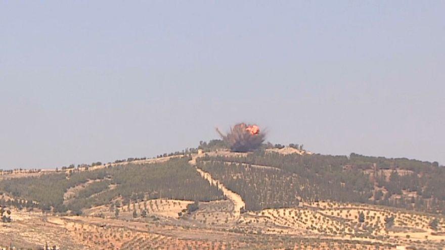 Turquia detém críticos da operação militar na Síria