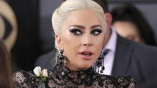 Lady Gaga annulla 10 concerti in Europa