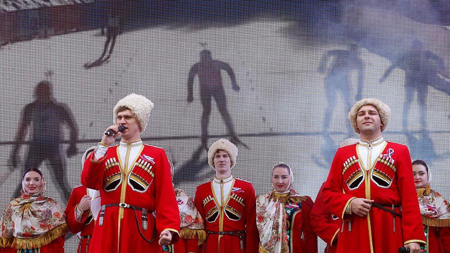 Manifestazioni in Russia per gli atleti alle Olimpiadi: e il Cio ne valuta 15...