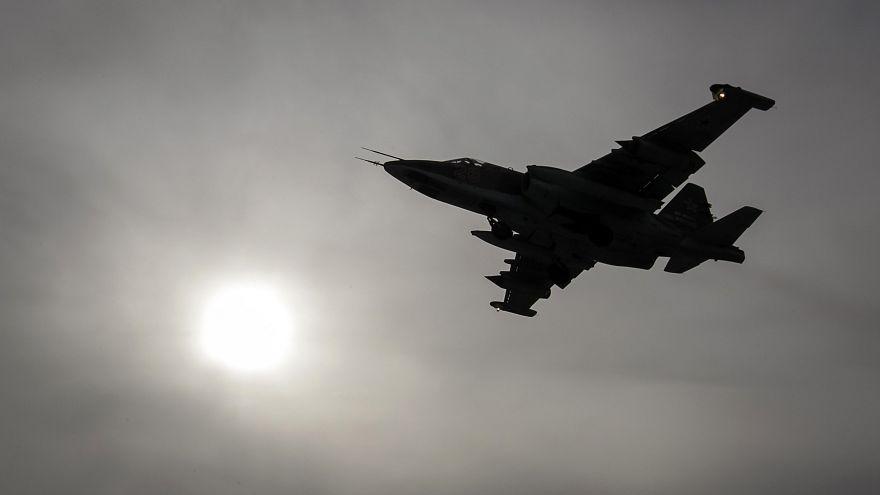 Lelőttek egy orosz harci repülőgépet Szíria felkelők uralta részén