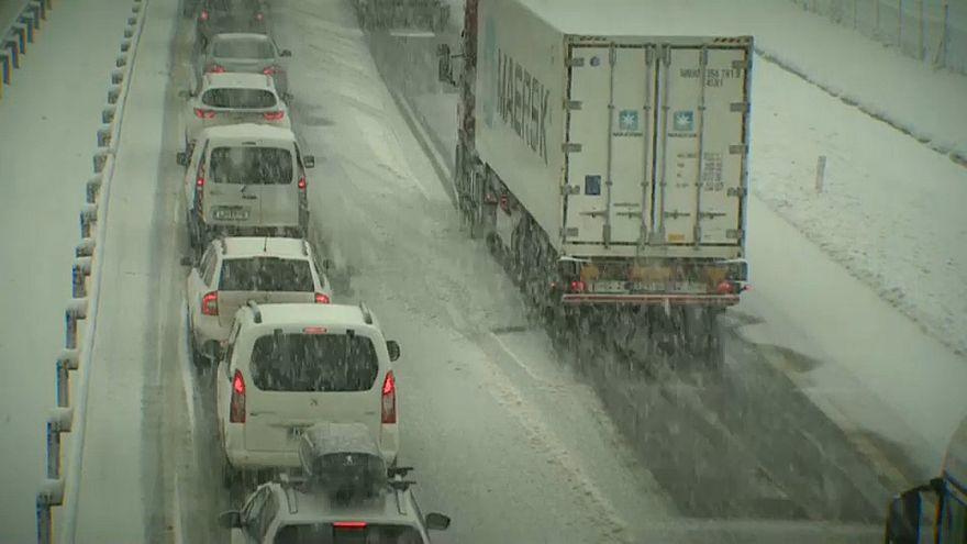 Wintereinbruch in Slowenien und Kroatien