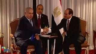 تقرير صحفي:  إسرائيل شنت أكثر من مائة غارة جوية على سيناء بموافقة القاهرة
