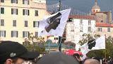 Miles de personas salen a las calles de Córcega para pedir más autonomía