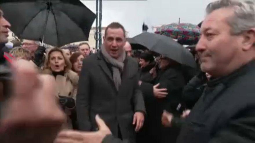 Nem lesz könnyű dolga Macronnak Korzikán