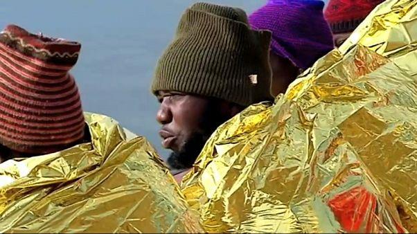 Hallados al menos 20 cadáveres de inmigrantes cerca de Melilla