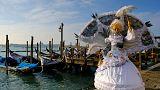 Σε ρυθμούς καρναβαλιού Βενετία και Ρίο ντε Τζανέιρο