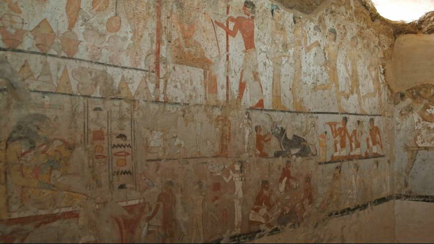 discovery of a tomb in Egypt