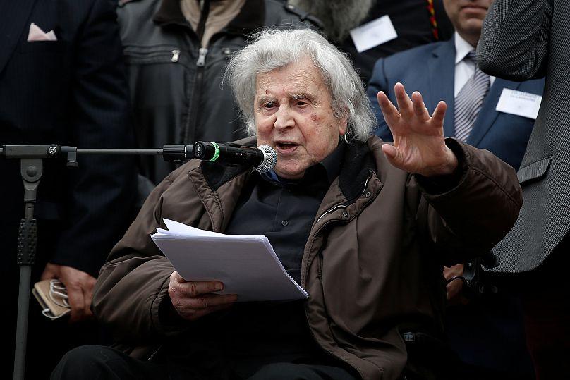 Demonstranten fordern Mazedonien zur Namensänderung auf