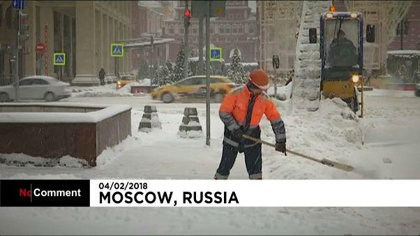 Il a (énormément) neigé à Moscou