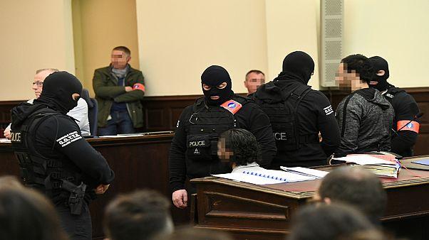 النيابة البلجيكية تطالب بحبس  صلاح عبد السلام وسفيان عياري 20 سنة