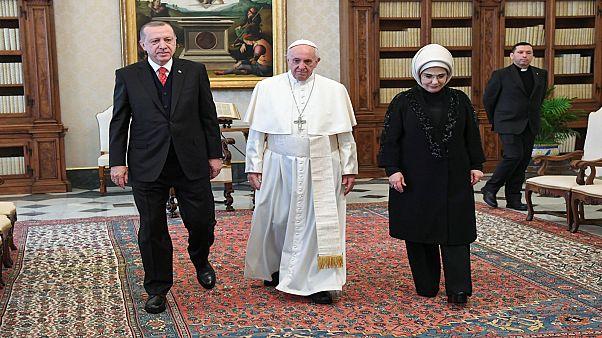إردوغان يجتمع مع البابا فرنسيس لبحث مسألة القدس