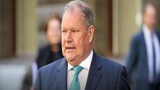 مزاعم بالتحرش الجنسي تجبر عمدة ملبورن على الاستقالة