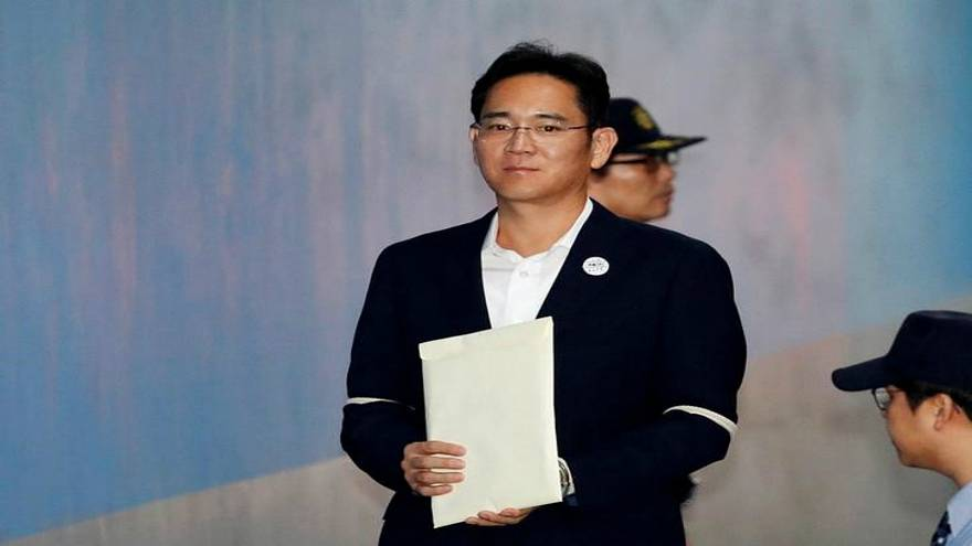 إطلاق سراح وريث شركة سامسونغ في كوريا الجنوبية