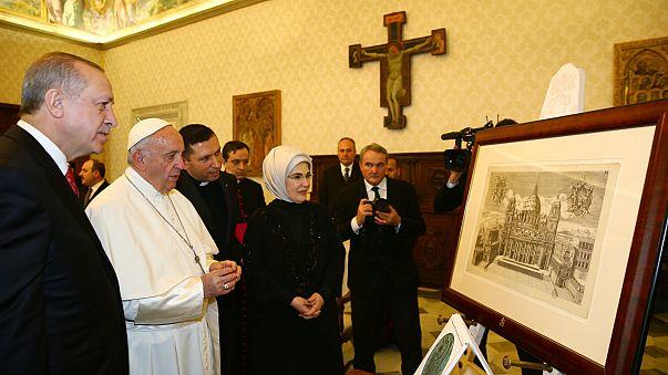 Cumhurbaşkanı Erdoğan ile Papa Francis görüşmesi başladı