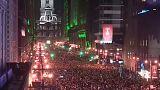 Miles de personas celebran la victoria en Filadelfia