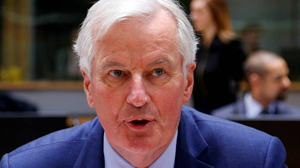Barnier in UK for Brexit talks amid Tory turmoil on trade