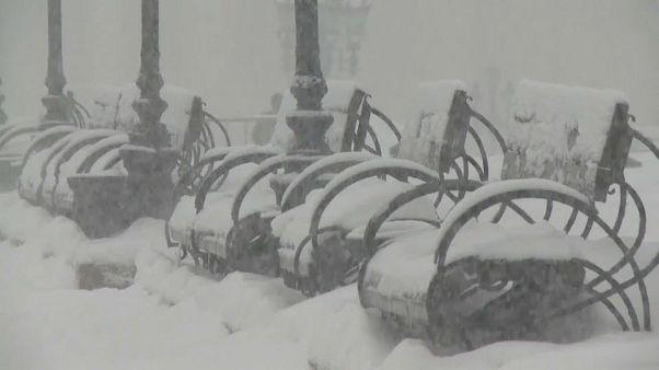 "La ""nevada del siglo"" lleva el caos a Moscú"