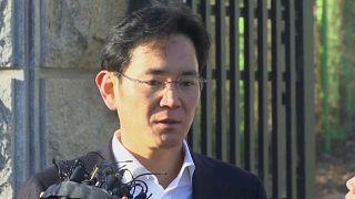 2,5 года с отсрочкой для главы Samsung Electronics