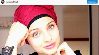 Fransa'yı sesiyle büyüleyen başörtülü kız