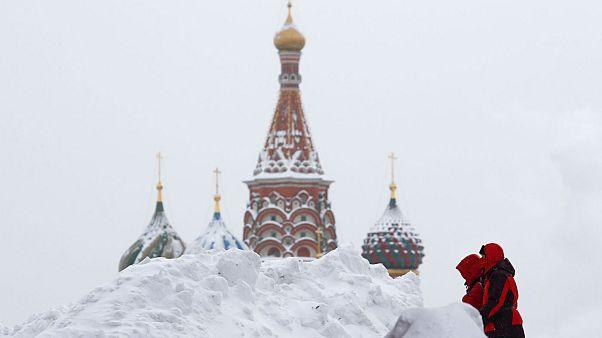 Η Μόσχα «βυθίστηκε» στο χιόνι - Χιονόπτωση ρεκόρ για την Ρωσία