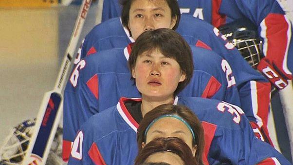 المپیک زمستانی ۲۰۱۸؛ اولین بازی دوستانه تیم مشترک هاکی روی یخ زنان دو کره