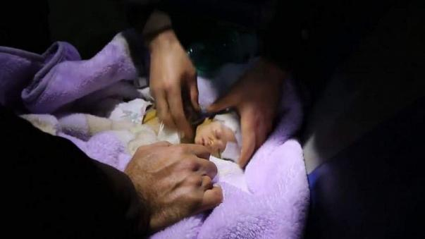 Babies evacuated from Syrian hospital as airstrikes intensify