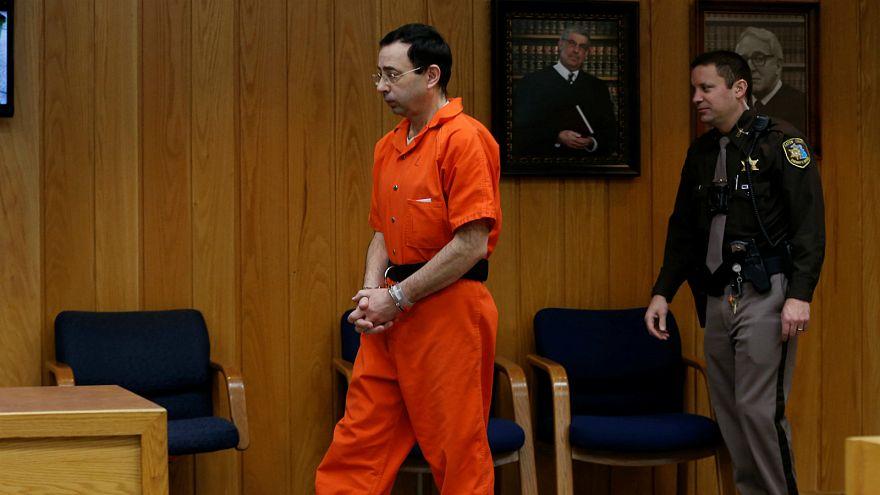 القضاء الأمريكي يدين لاري نصار بالحبس لمدة ما بين 40 و125 عاما