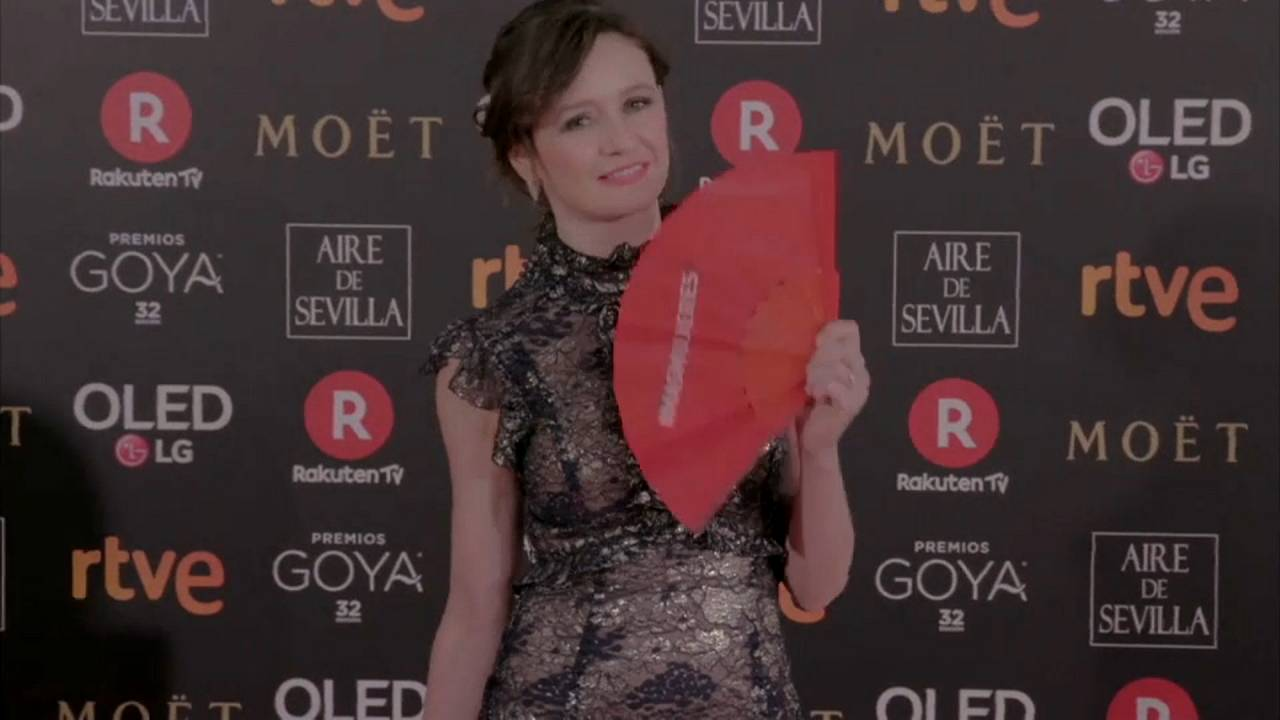 Red fans at the Goya Awards as Spanish stars protest over inequality