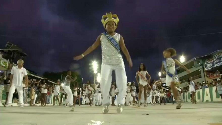 В Рио-де-Жанейро прошла генеральная репетиция карнавала