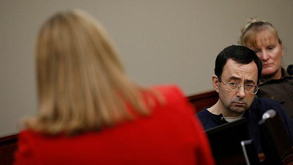 Tacizci Doktor Larry Nassar'a 125 yıla kadar ek hapis cezası