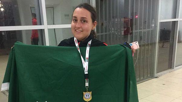 ملاكمة سعودية تفوز بأول لقب دولي لسيدات المملكة