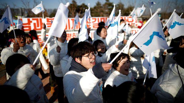 أولمبياد بيونغ تشانغ الشتوية: علم واحد للكوريتين يستفز طوكيو
