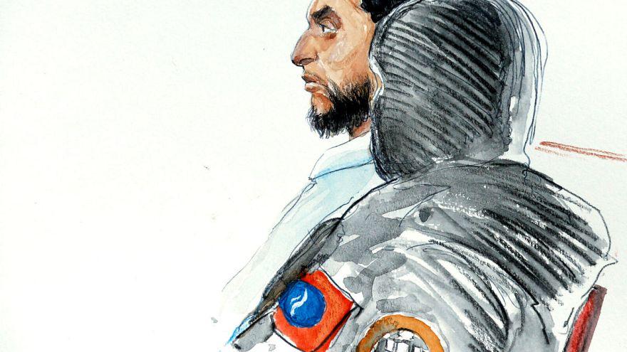 Paris saldırıları zanlısı yargılanmaya başladı