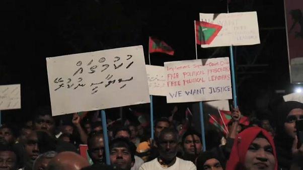 Dos jueces del Supremo maldivo detenidos, tras decretarse el estado de emergencia