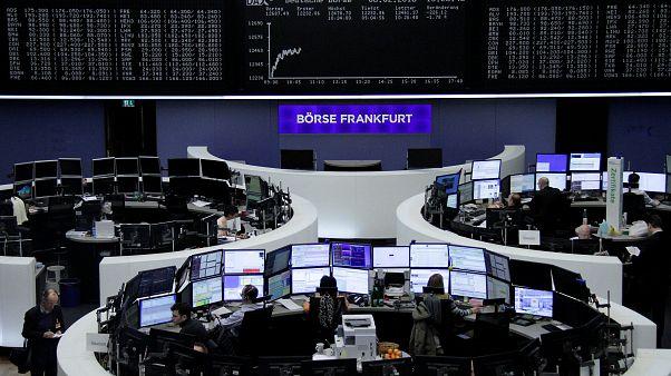 Βουτιά στα ευρωπαϊκά χρηματιστήρια μετά την πτώση του Dow Jones