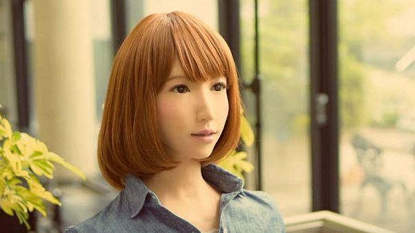 اریکا، ربات ژاپنی گوینده اخبار تلویزیون میشود