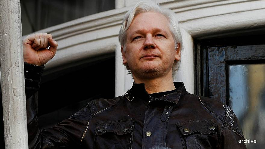 Judge upholds Assange's UK arrest warrant