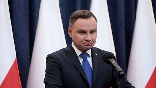 دفاع رئیس جمهوری از عدم مسئولیت پذیری لهستان در کشتار یهودیان