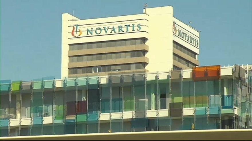 Dos ex primeros ministros griegos acusados de corrupción en el escándalo Novartis