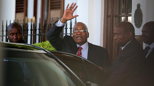 Zuma on the brink as presidential speech is postponed