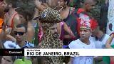 Jelmezek kavalkádja a brazil karneválon