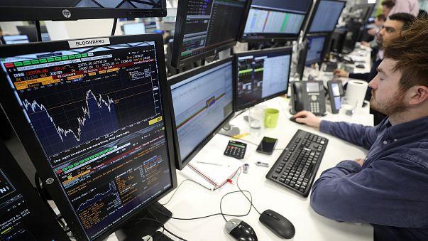 Les bourses européennes dans le rouge